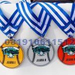 medali resin murah