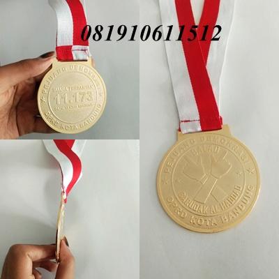 Medali Kuningan