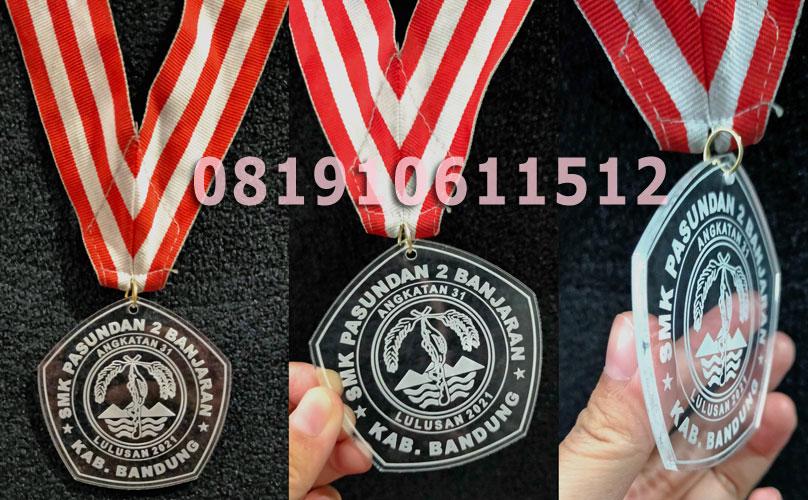 Medali Akrilik Grafir